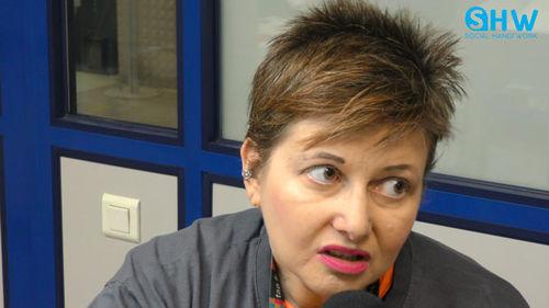 """Christine 52 ans """"Le travail permet de ne pas penser aux mauvaises choses"""""""