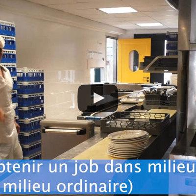 2 travailleurs handicapés à la cité scolaire internationale